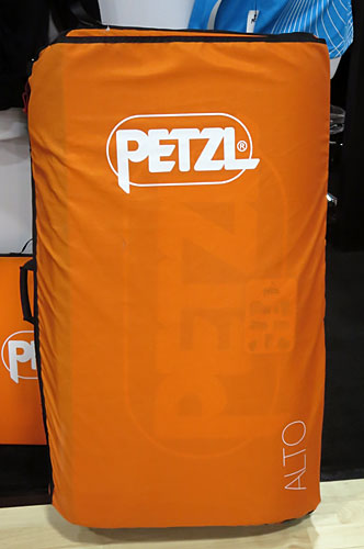 petzl-alto-crash-pad