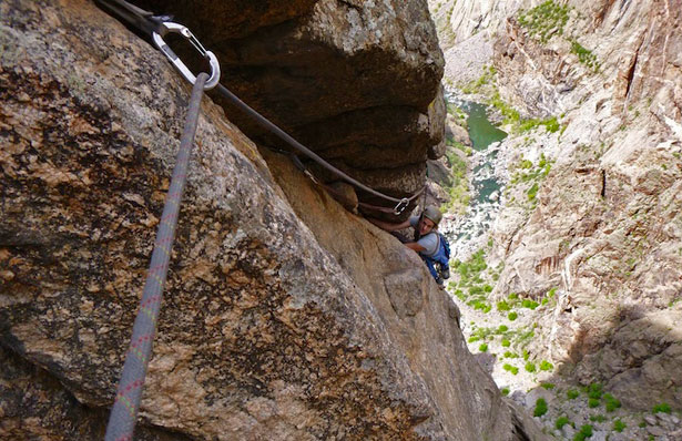 Mandi Franz follows the Vector Traverse (5.9) on Escape Artist in the Black Canyon of the Gunnison, 2013.